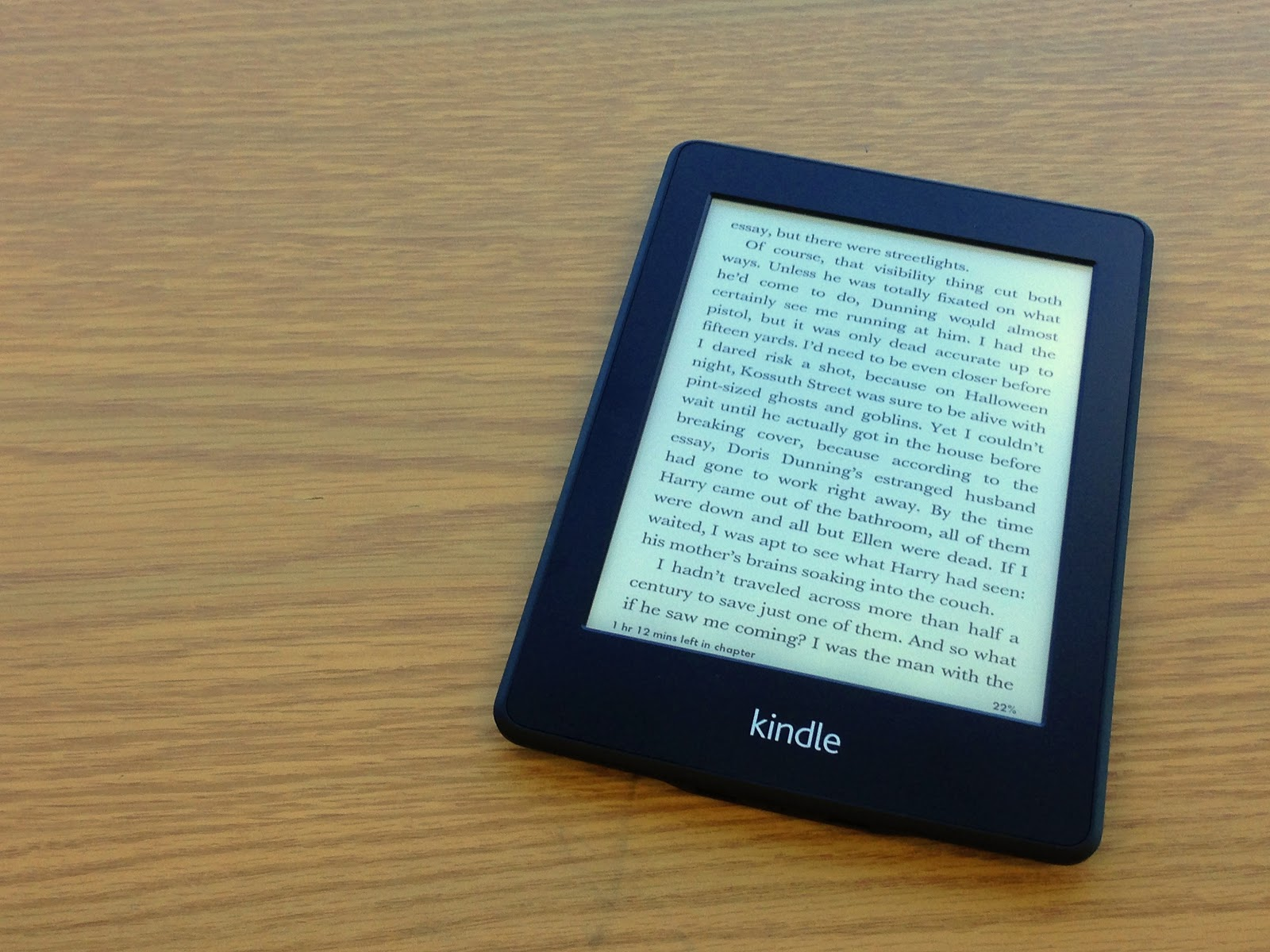rnit review kindle paperwhite the cheaper model does not have a regular keyboard if you take lots of notes in your books you want to go the paperwhite model because it has a