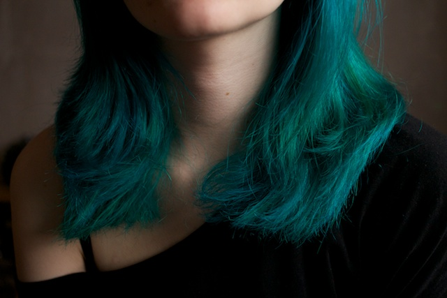 blue turquoise dyed hair la riche directions