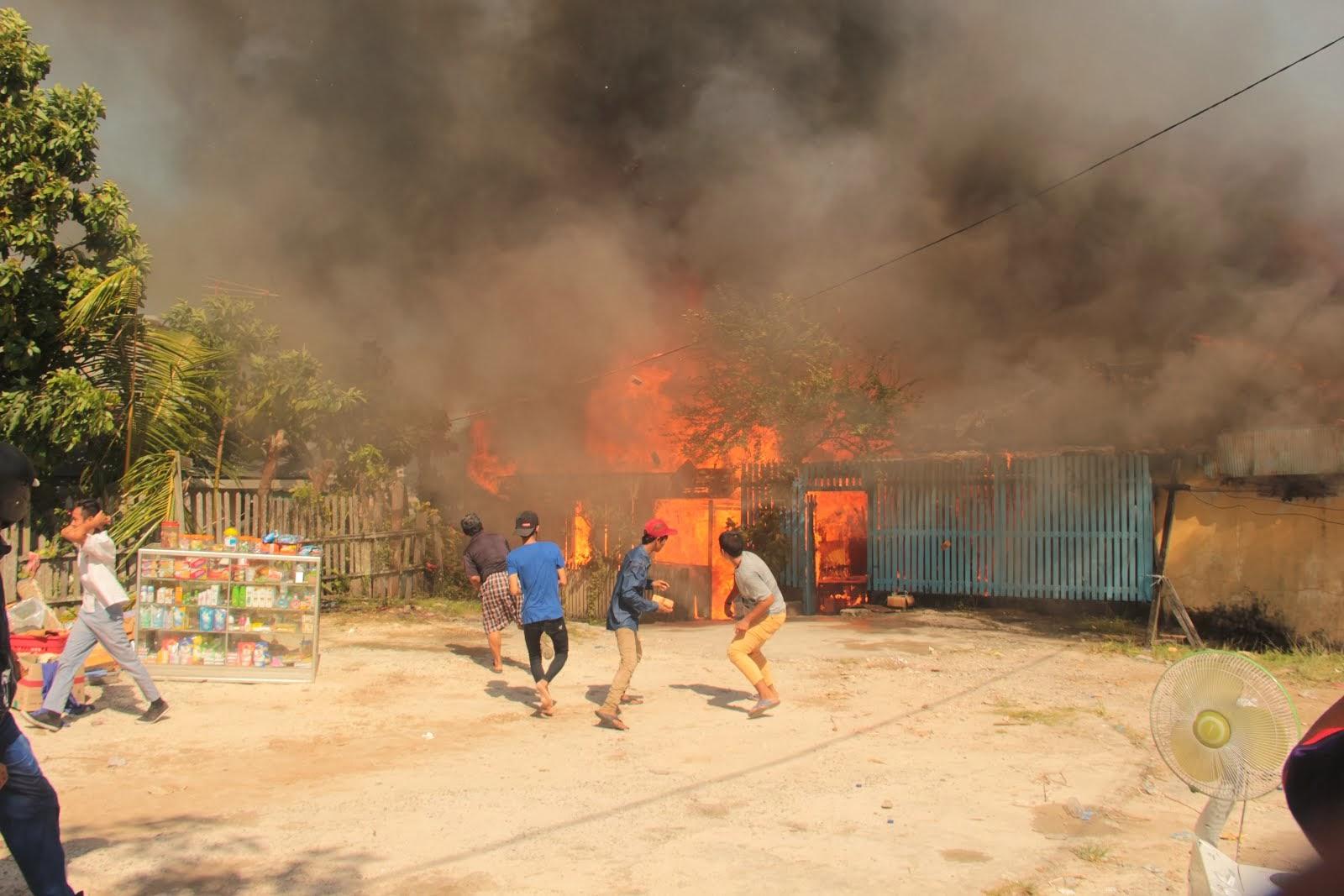 Kebakaran di Gunung Sari Balikpapan