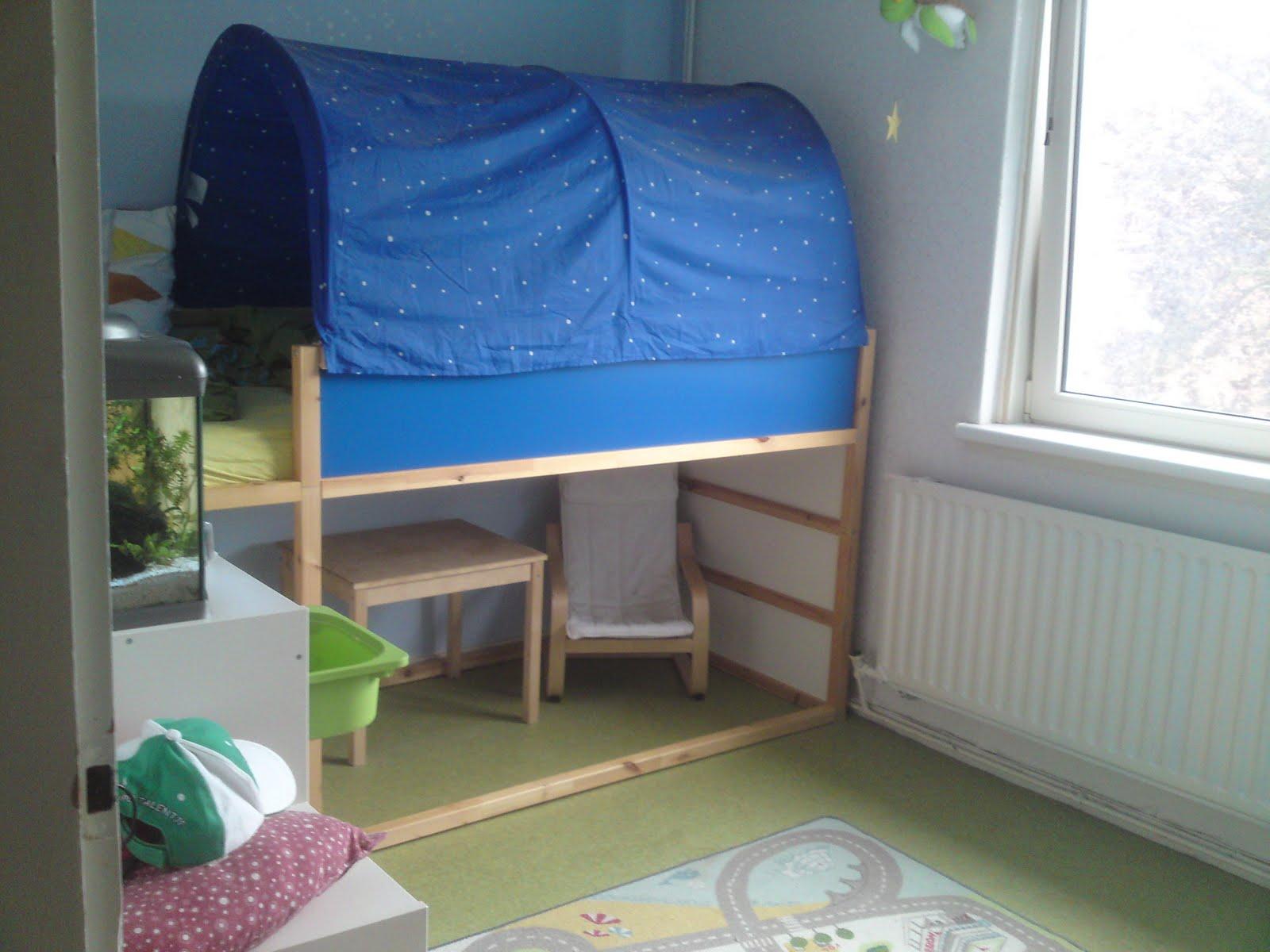 De dagelijkse dingen kleine jongens worden groot - Bed voor kleine jongen ...