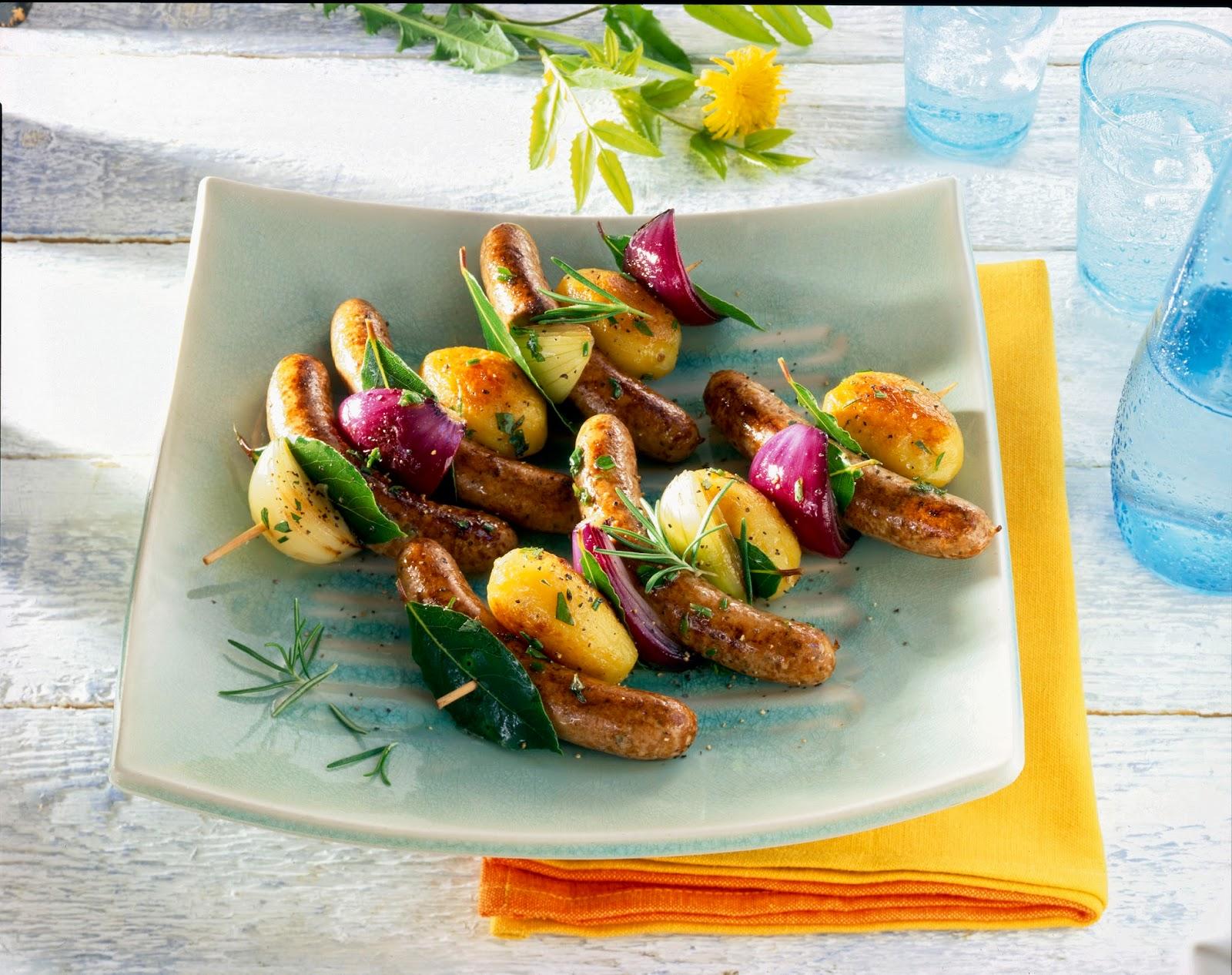 Zentralverband Naturdar, Rezept: Rostbratwurst-Spießen mit knusprigen Kartoffeln und Lorbeer