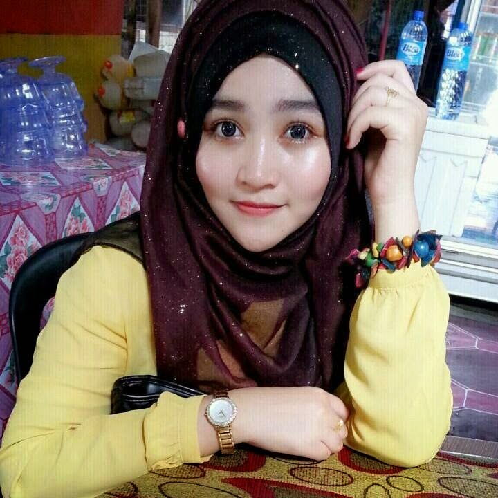 Ketat baju jilbab hot pictures free download.