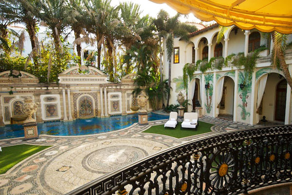 Mother 39 s day brunch at the versace mansion my fabulous for Versace mansion miami tour