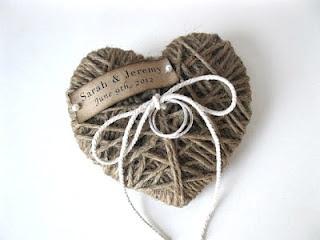 porta alianzas corazón de cuerda