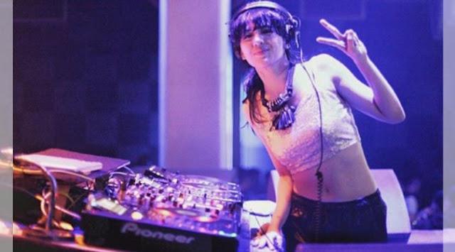 DJ Una, Cewek Cantik dan Hot Asal Medan yang Kini Mendunia