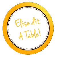 elise dit a table