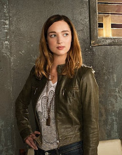Kristen Connolly promo pic for ZOO