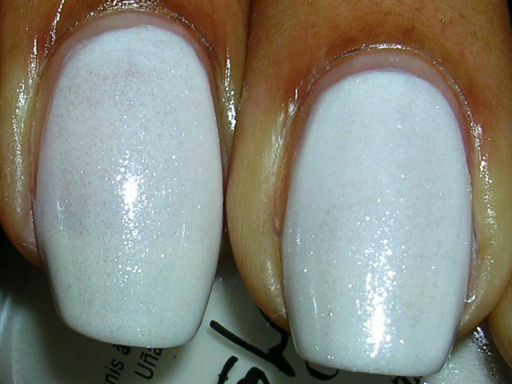 CANDY COATED TIPS: Nicole by OPI: Kardashian Kollection: Swatches ...