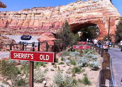 Radiator Racers Cars Land signs Rust-eze