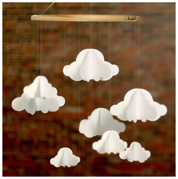 diy un mobile de nuages en papier facile r aliser initiales gg. Black Bedroom Furniture Sets. Home Design Ideas