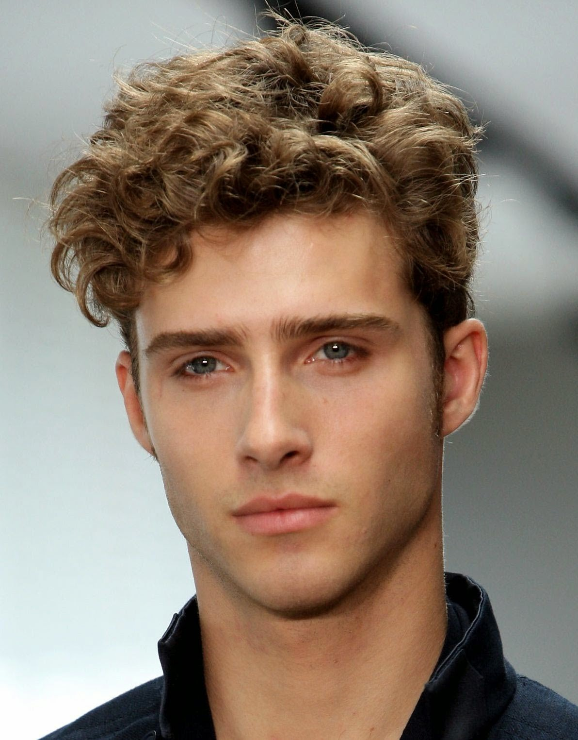 2014 Mens Hairstyles Curly Long Hair Styles That Work For Men