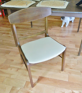 danish modern dining chair in a very dry condition