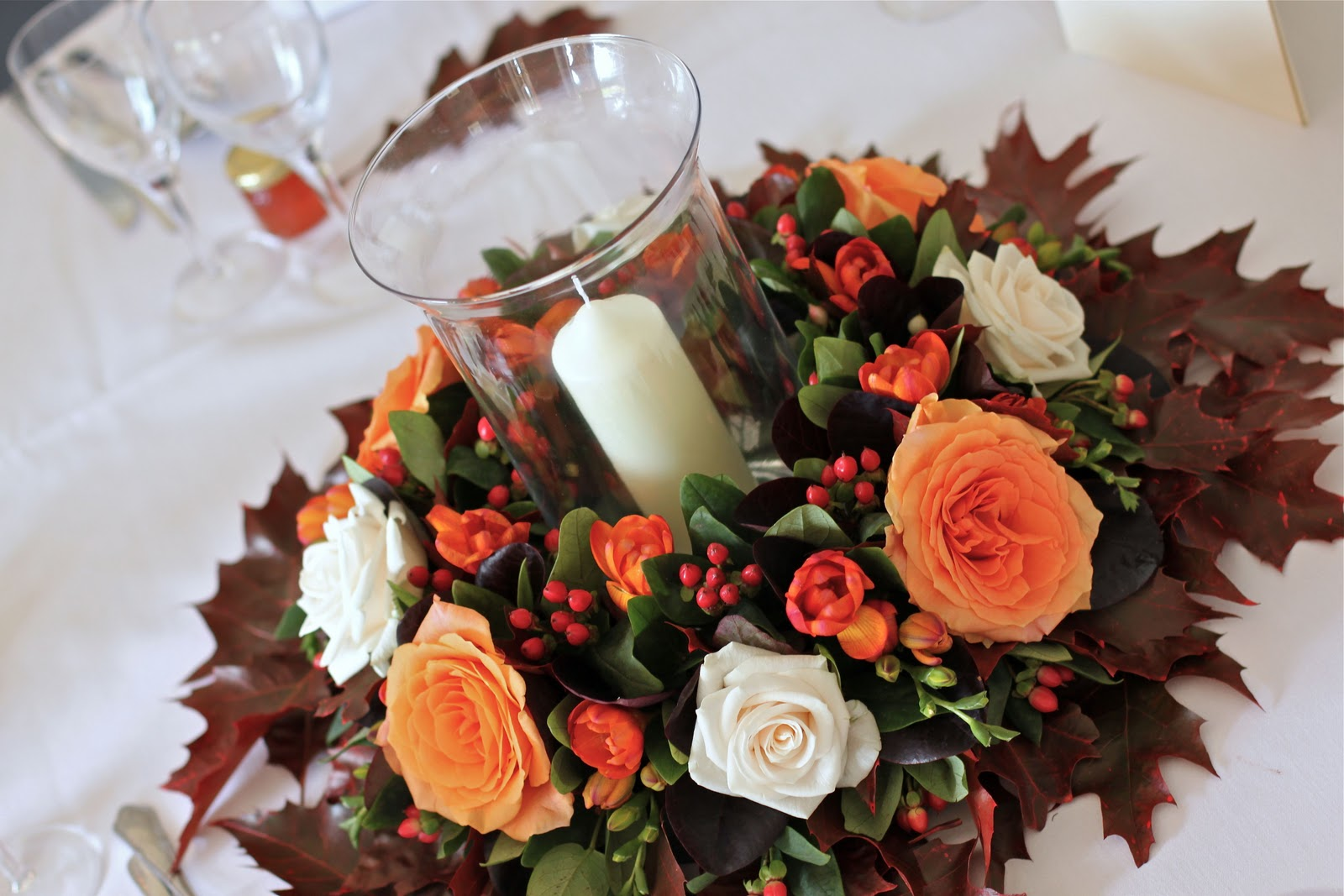wedding flowers blog alison 39 s autumn wedding flowers. Black Bedroom Furniture Sets. Home Design Ideas