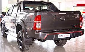 Toyota Hilux TRD Sportivo 2015_5
