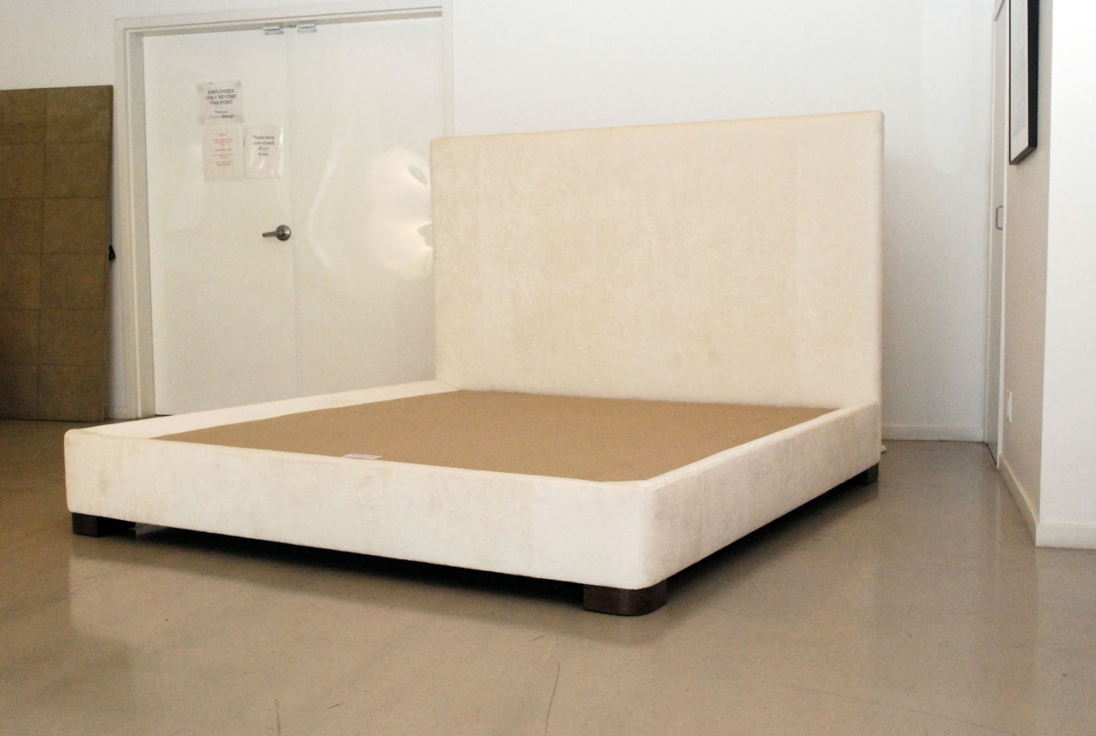 classic design upholstered headboard bed base