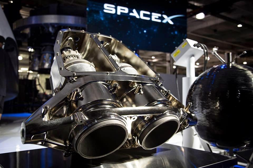 Dragon V2, SpaceX, Draco, rocket engines