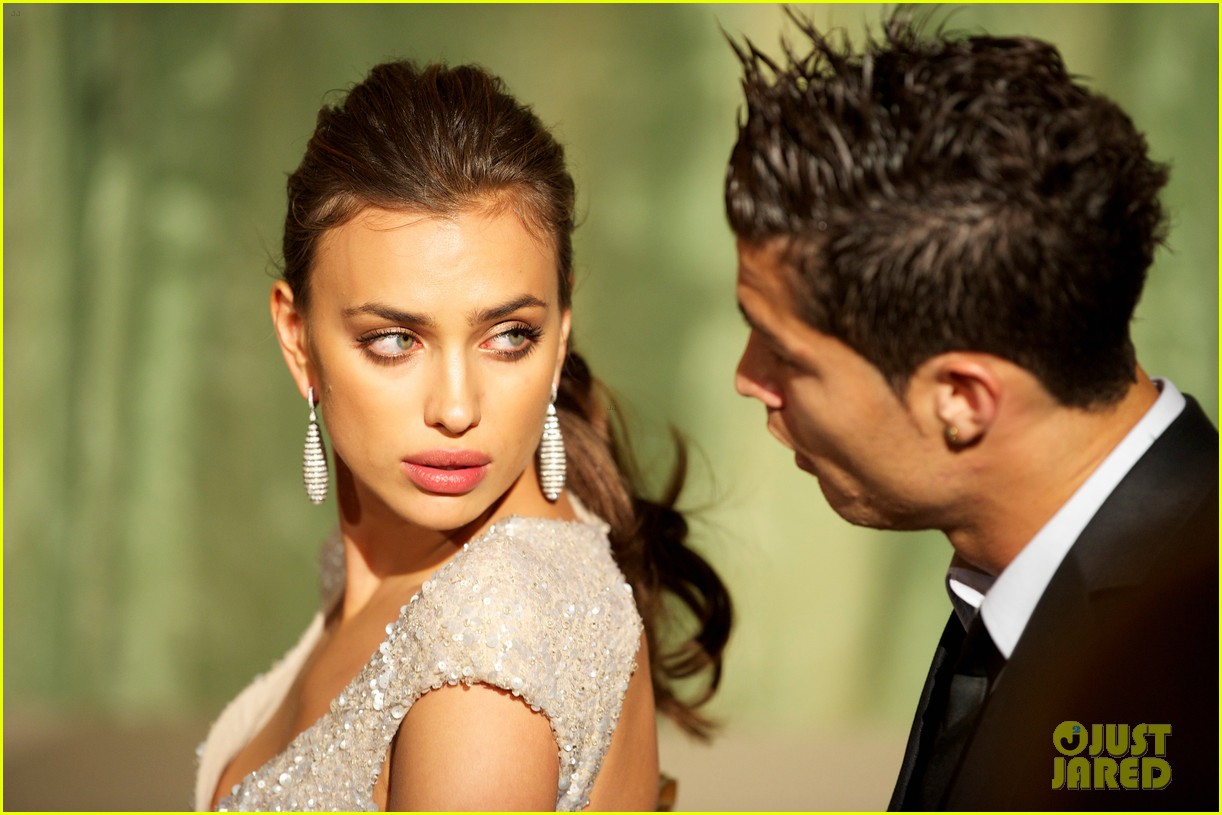 Top Football Wallpapers: Cristiano Ronaldo new Girlfriend 2012