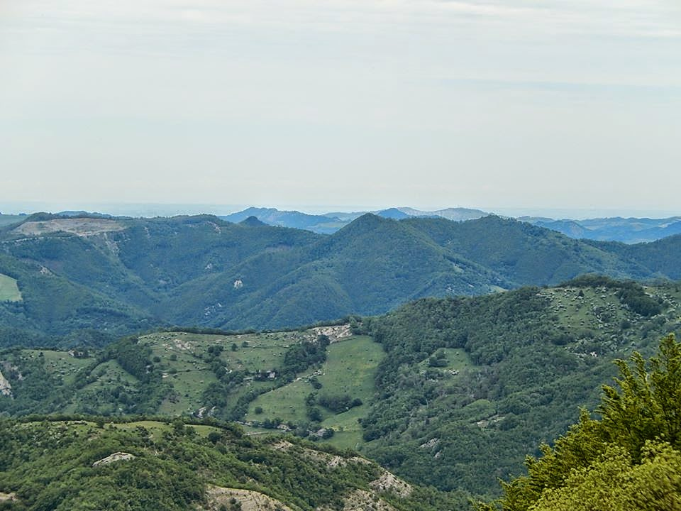 cycling appennino italy