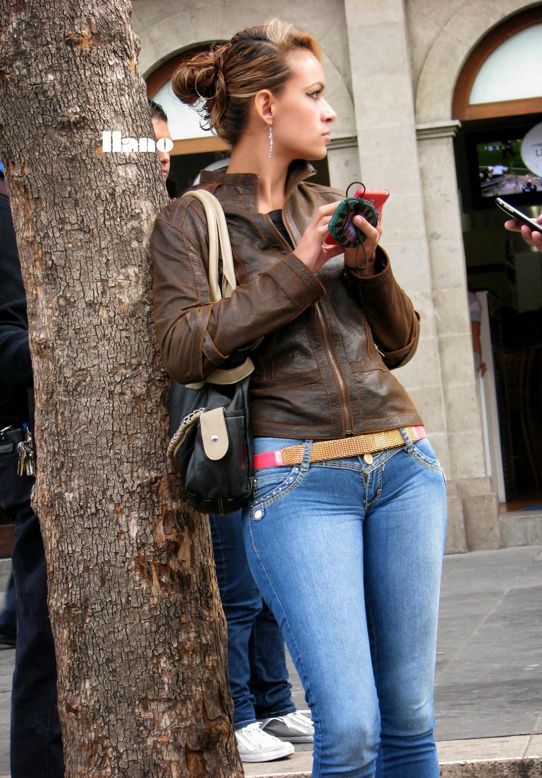 image Cameltoe jeans perfect body latina ass tits pussy amazin