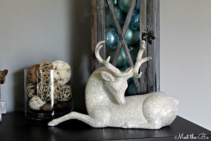 Holiday Home Tour- Budget friendly holiday decor