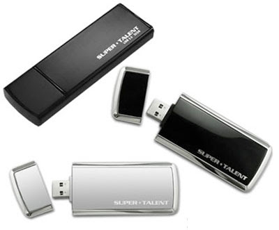 Super Talent Demos SandForce-powered USB 3.0 Flash Drive