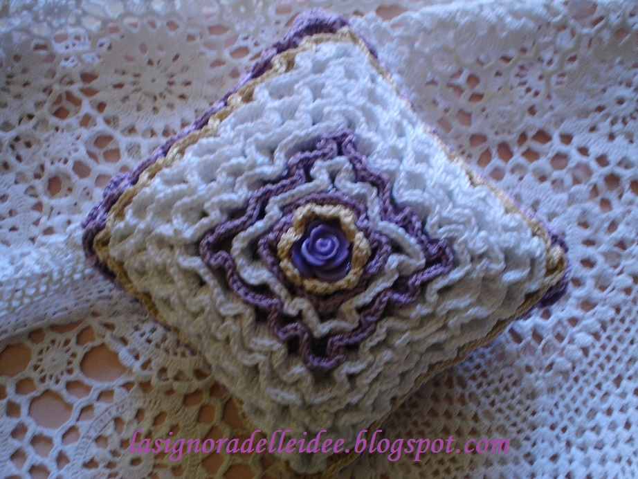 La signora delle idee ruche all 39 uncinetto wiggly crochet for Idee uncinetto