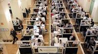 Hacienda obliga a declarar la renta y a pagar a miles de inframileuristas y trabajadores en precario