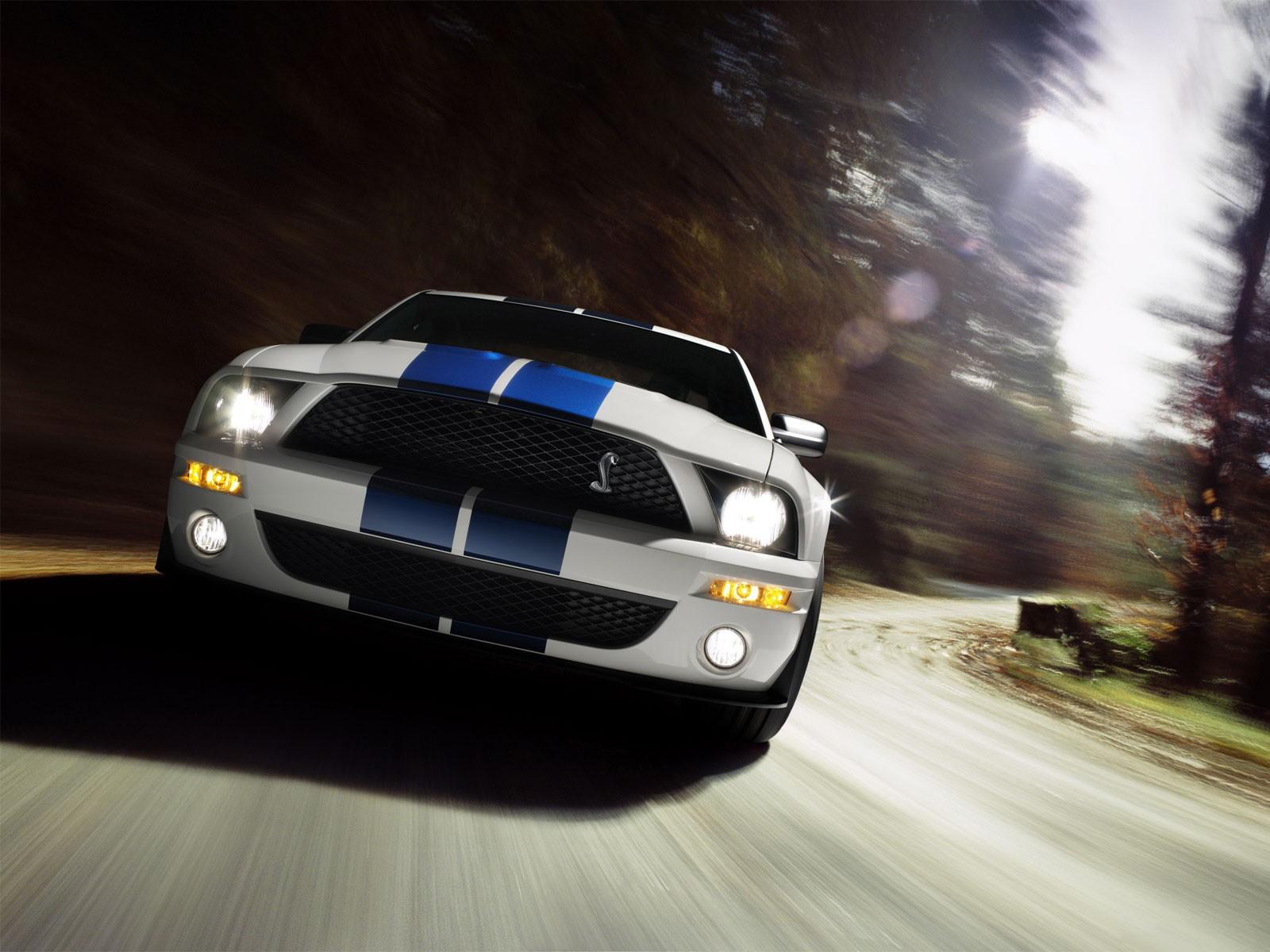 http://4.bp.blogspot.com/-7d1JquH6n_A/UBMOUW61LfI/AAAAAAAAA6c/k0crN4Z4jC4/s1600/cars_0013.jpg
