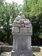 """Le monument aux morts de Banne, vers """"Brahic"""""""
