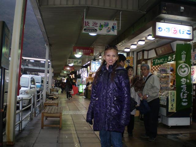 hakone shops