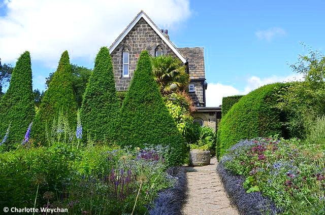 The galloping gardener a hidden yorkshire garden treasure for Garden rooms york