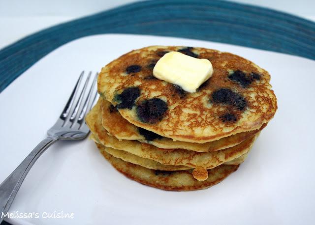 Melissa's Cuisine: Sour Cream Blueberry Pancakes
