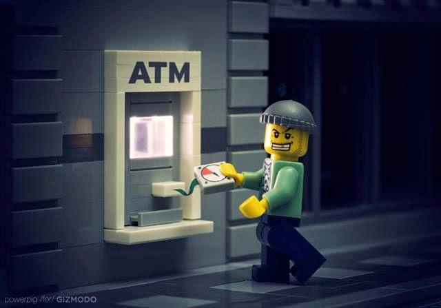 "14-Year-Old Kids ""Hack"" Into ATM Using Default Security Code, hacking ATM's machine, Kids bypassed the security of the ATM, bank ATM's security concerns"