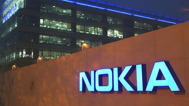 Nokia podría retornar a la fabricación de celulares.