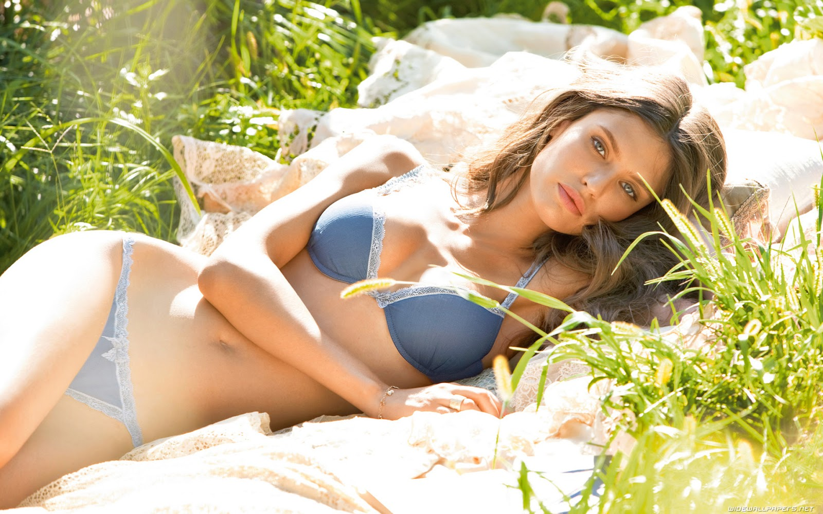 Celebrities in Hot Bikini: Bianca Balti