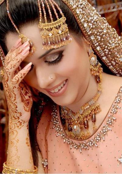 New Beautiful Indian Dress For Bridal Wedding Makeup  Photos Wedding