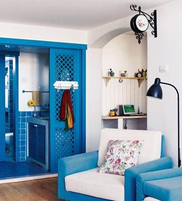 Classic home decorating ideas white blue fusion accent for Classic house decorating ideas