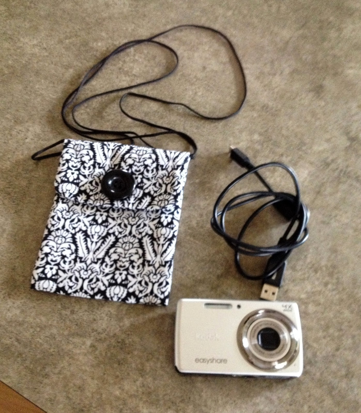 Quiltsmart Cell Phone Bag and Camera