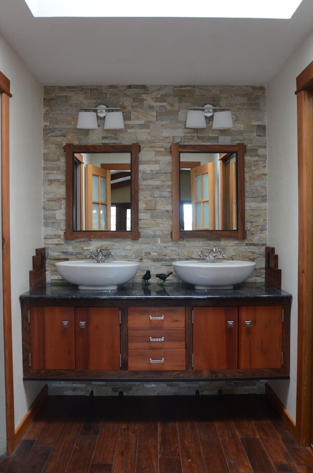 How to choose the right bathroom vanities for less for Bathroom 4 less review