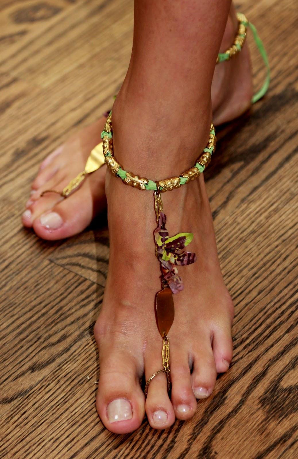 reid up Riley feet close