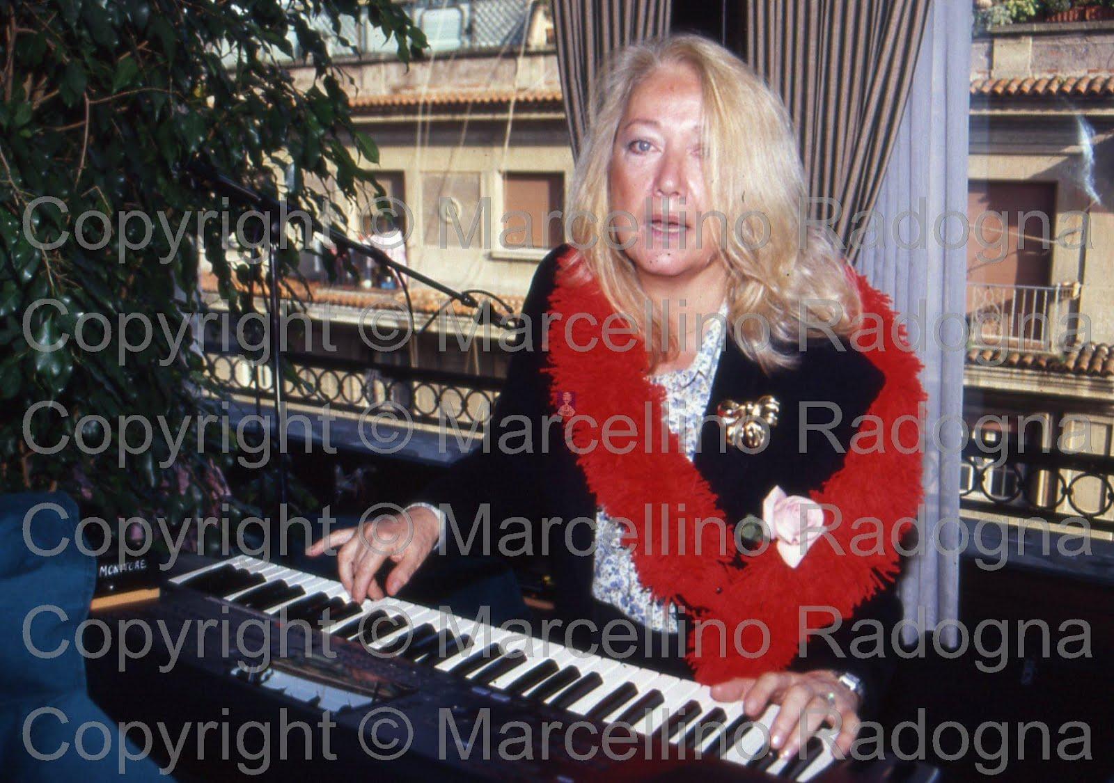 Lydia Mancinelli Nude Photos 6