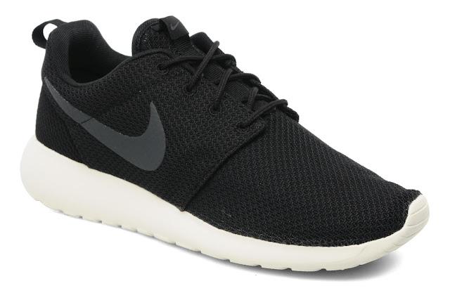 Nike Roshe One noir