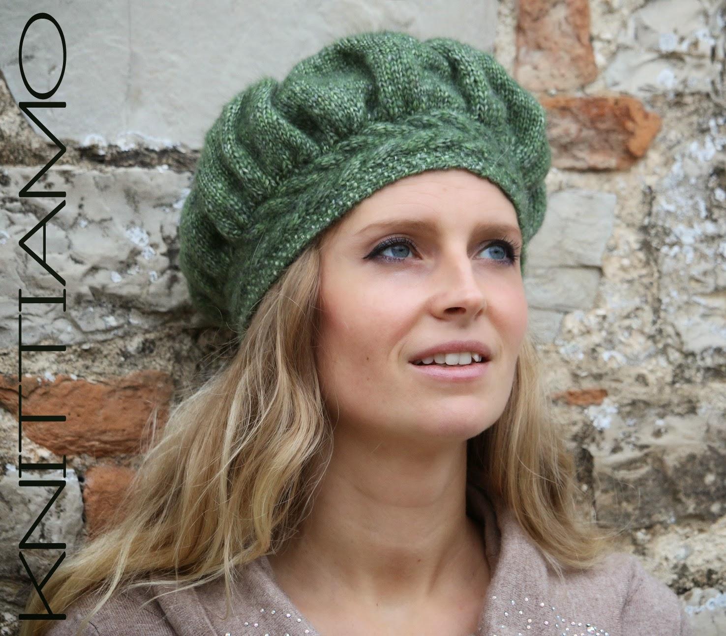 cappello a maglia con schema
