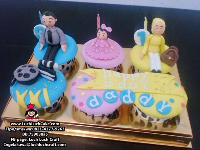 Cupcake Ulang Tahun Untuk Ayah (Repeat Order)