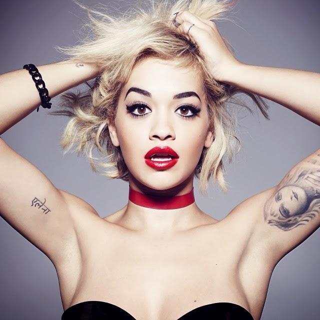 Rita Ora para colección de Rimmel