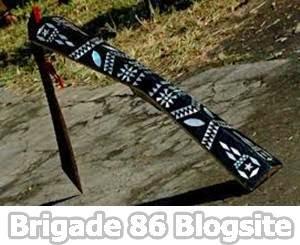 Senjata Tradisional Provinsi Maluku : Parang Salawaki / Salawaku, Kalawai