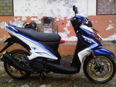 xeon putih Perpaduan warna Biru buat kontes