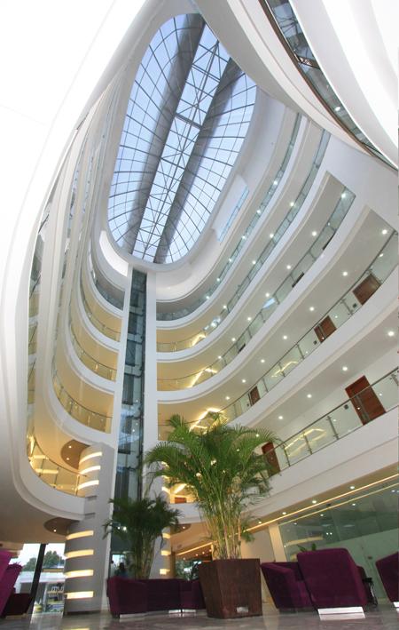 interior_hotel_atrium_plaza_barranquilla_vamosenmovimiento.blogspot