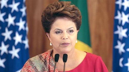 Brasil: REFORMA POLÍTICA DE DILMA ATENDE INTERESSES CONTRARIADOS
