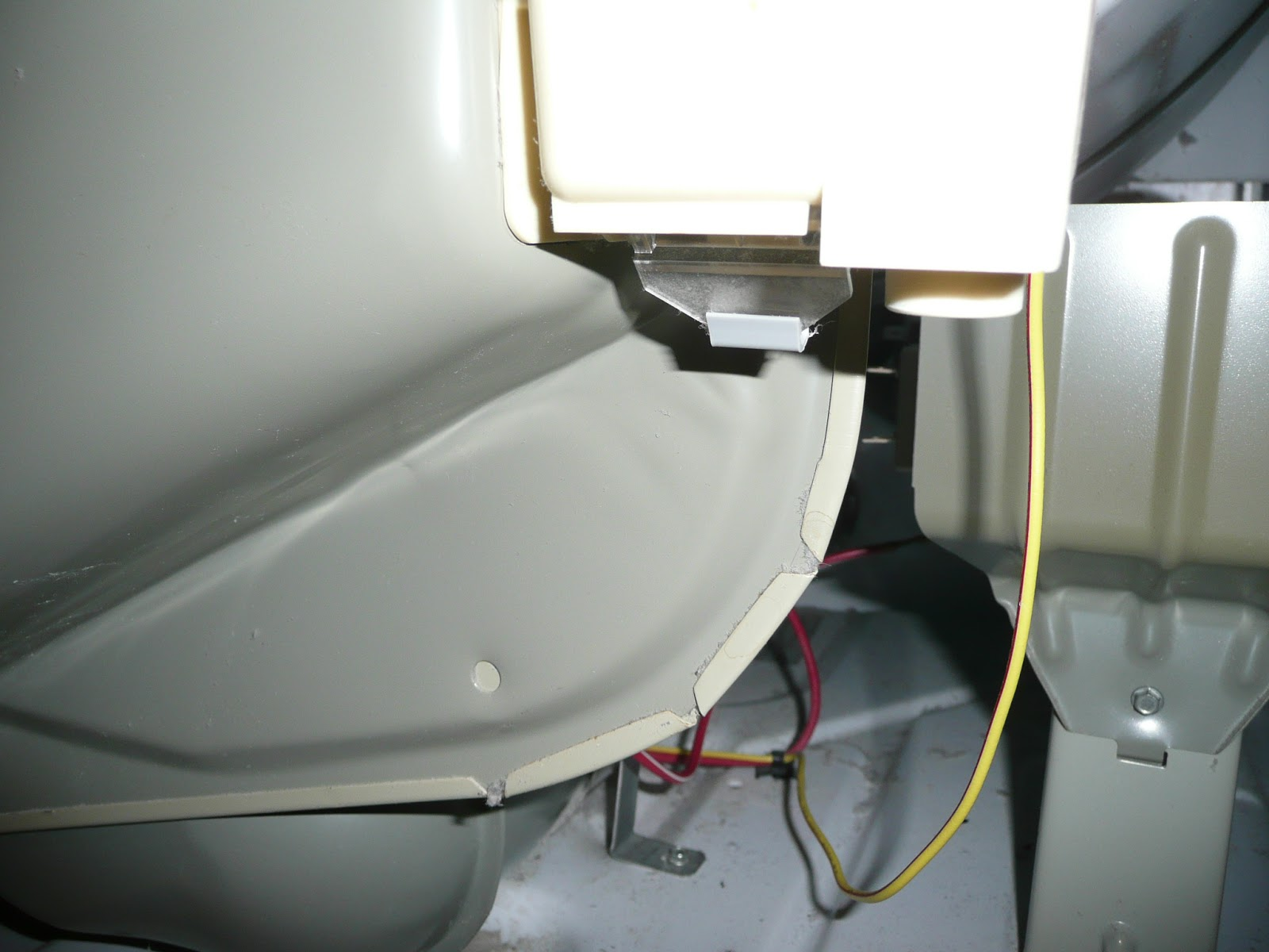 Do It Yourself Kenmore 90 Series Model 110 Clothes Dryer Runs But 2002 Jeep Grand Cherokee 47 Ho Heating Element Fuse Box Diagram Disconnect The Little White Hose From Lint Filtration Housing To Gain Entry Upper Connection As